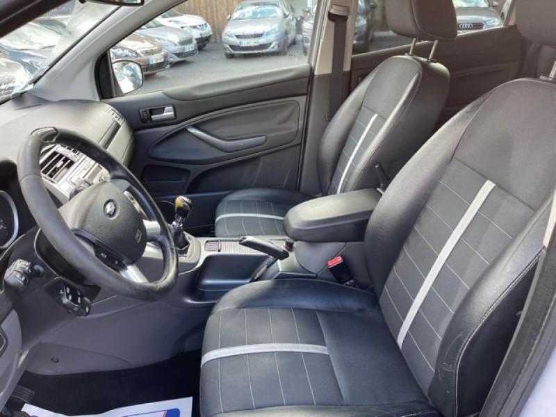 Photo 13 de l'offre de FORD KUGA 2.0 TDCI 140  TITANIUM DISTRI NEUVE  à 7490€ chez Triplo auto