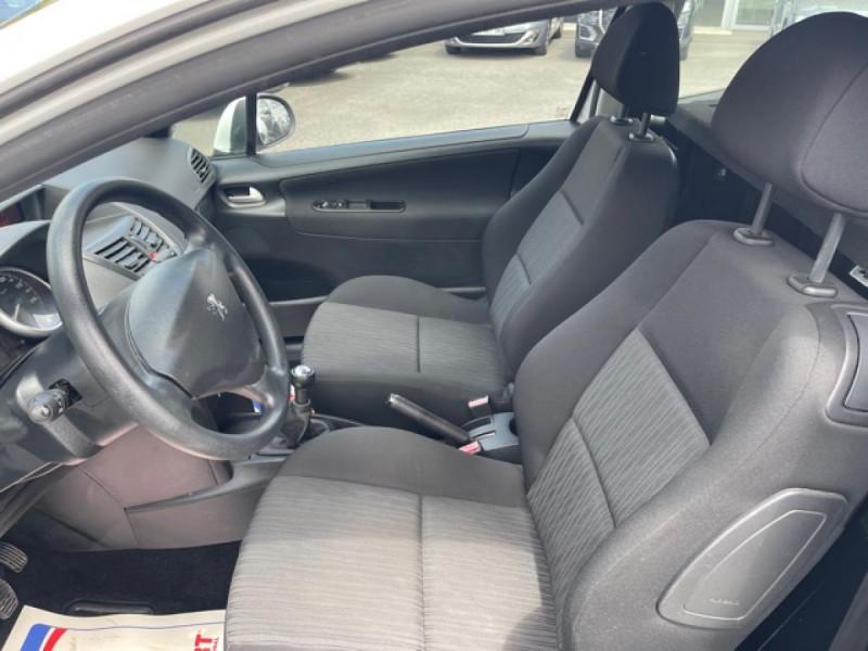 Photo 11 de l'offre de PEUGEOT 207  1.4 HDI 70 AFFAIRE PACK CD CLIM  à 5490€ chez Triplo auto