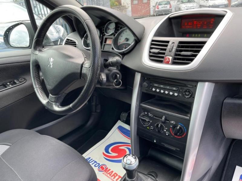 Photo 15 de l'offre de PEUGEOT 207  1.6I 110  SPORT PACK CLIM TOIT PANO à 4990€ chez Triplo auto