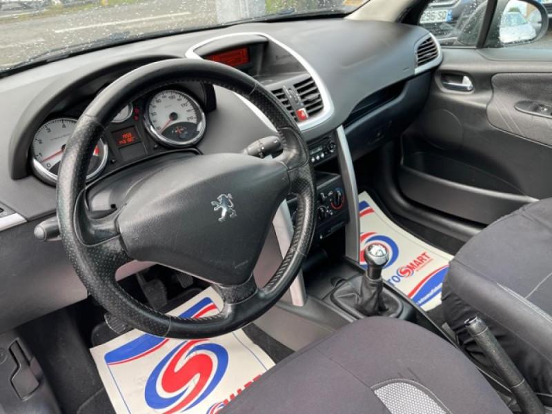 Photo 16 de l'offre de PEUGEOT 207  1.6I 110  SPORT PACK CLIM TOIT PANO à 4990€ chez Triplo auto