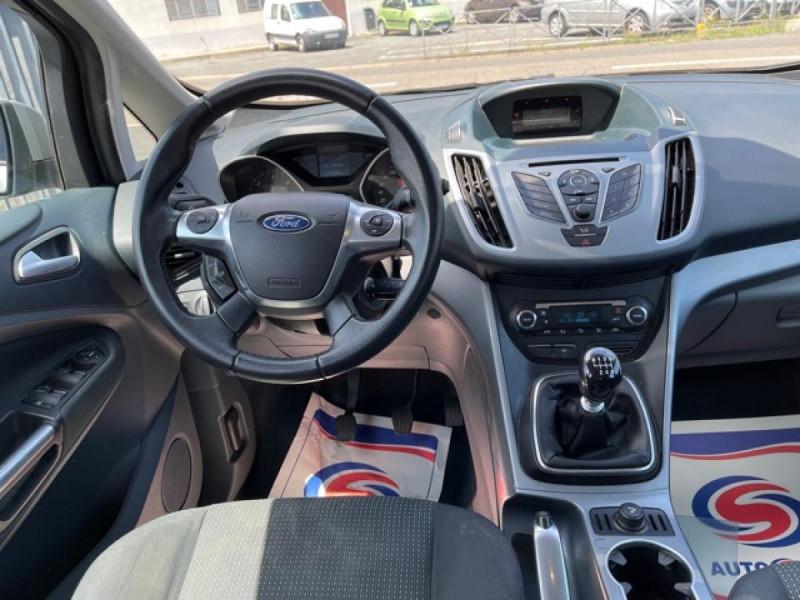 Photo 17 de l'offre de FORD C MAX 1.6 TDCI 95 TITANIUM CLIM RADAR AR ATTELAGE à 8490€ chez Triplo auto