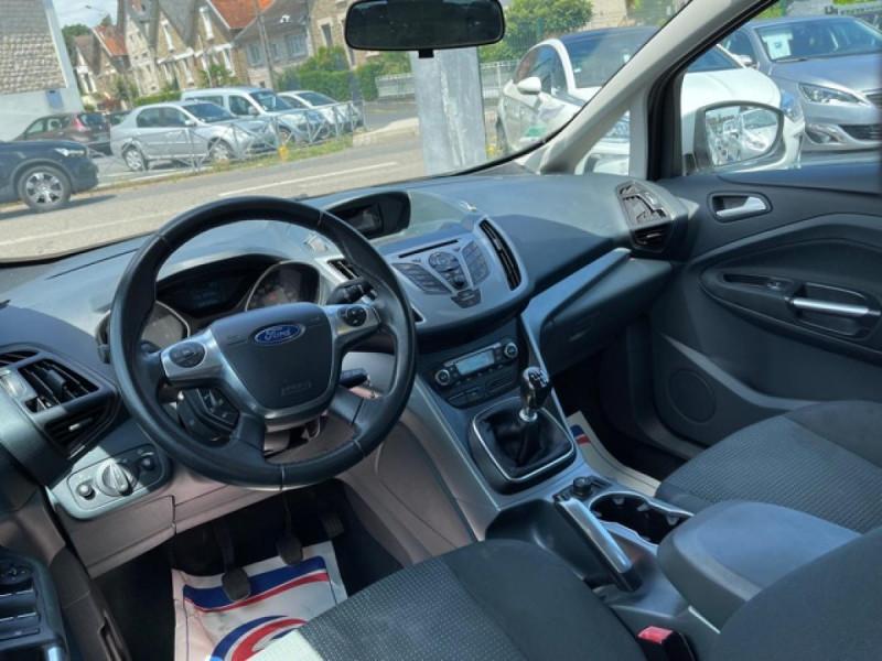 Photo 12 de l'offre de FORD C MAX 1.6 TDCI 95 TITANIUM CLIM RADAR AR ATTELAGE à 8490€ chez Triplo auto