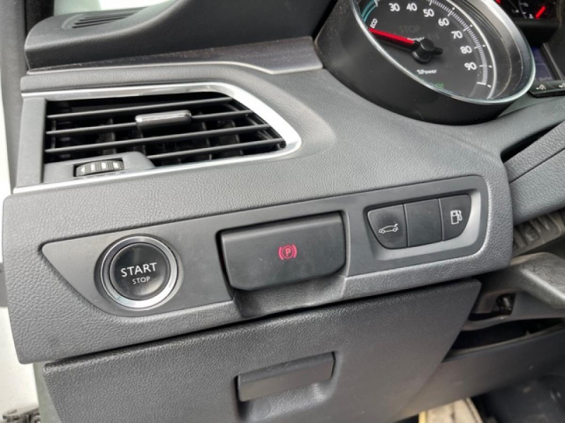 Photo 22 de l'offre de PEUGEOT 508 RXH 2.0HDI163   ELECTRIQUE 37CH  ETG6 CUIR DISTRI OK ENTRETIEN OK à 9990€ chez Triplo auto