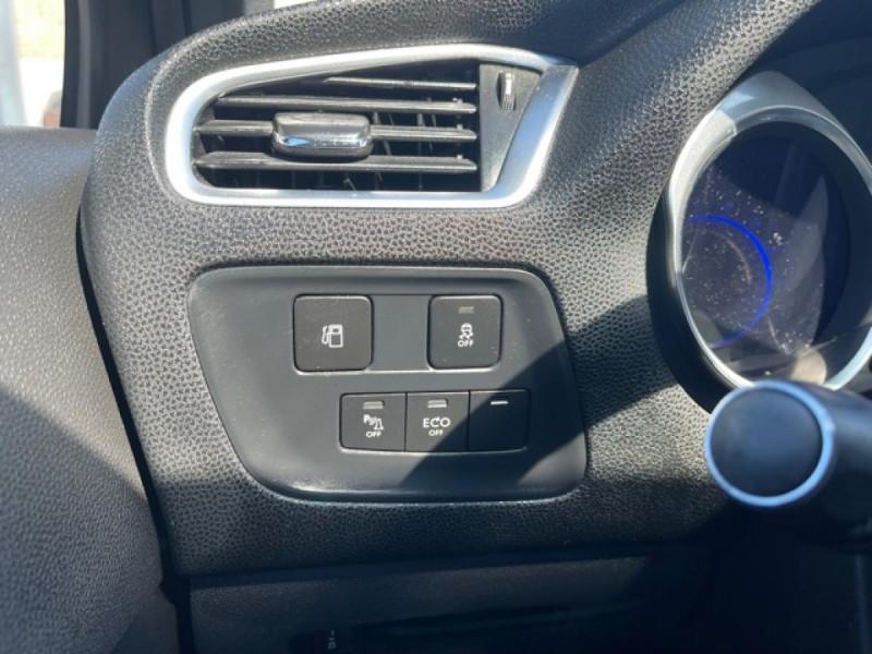 Photo 20 de l'offre de DS DS4 1.6 E-HDI 115  SO CHIC  à 9490€ chez Triplo auto