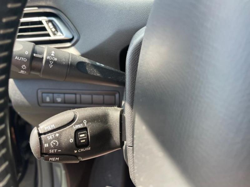 Photo 18 de l'offre de PEUGEOT 308 1.2I PURETECH 12V S&S - 110 ALLURE GPS CAMERA à 11990€ chez Triplo auto