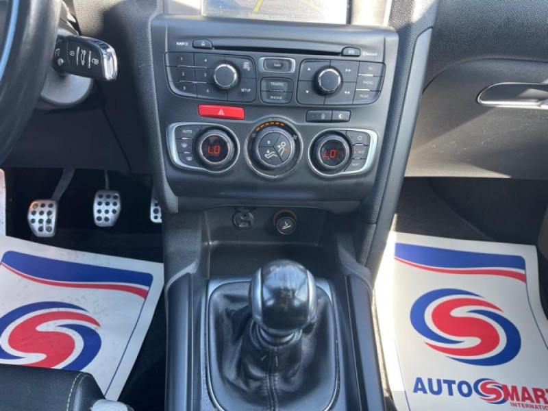 Photo 17 de l'offre de DS DS4 1.6 E-HDI 115  SO CHIC  à 9490€ chez Triplo auto