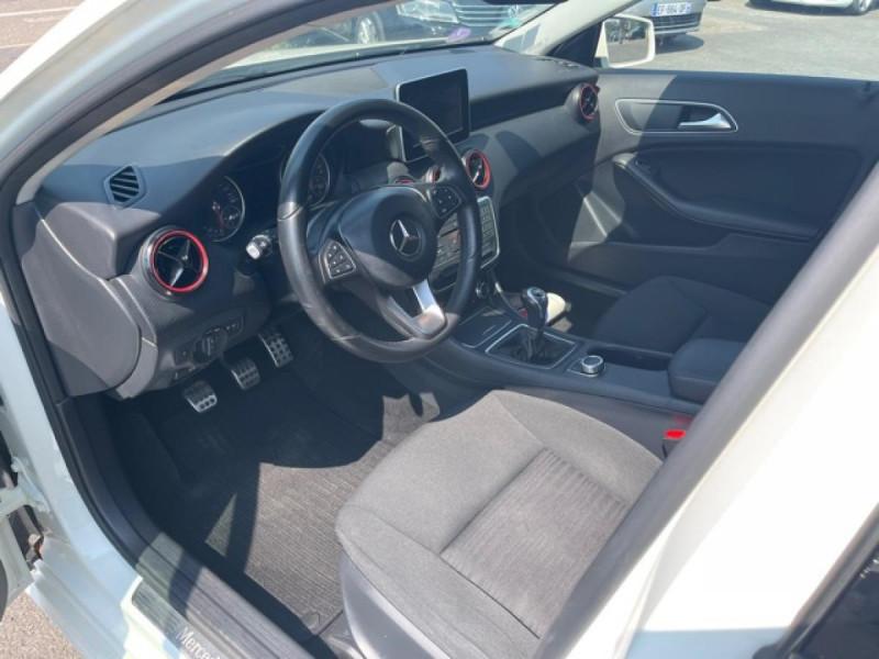 Photo 16 de l'offre de MERCEDES-BENZ CLASSE A A 160  BERLINE - BM 176 INTUITION PHASE 2 à 14990€ chez Triplo auto