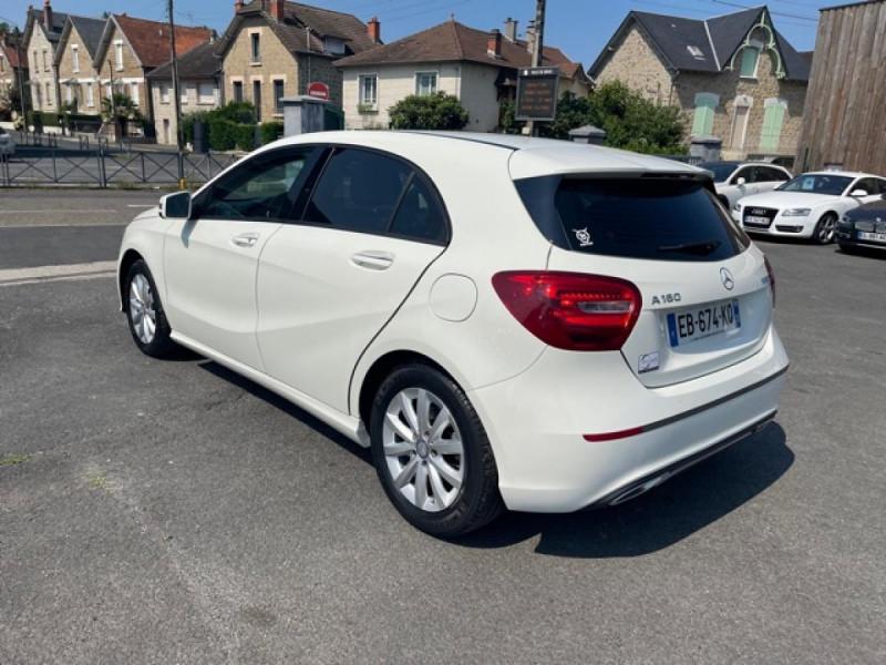 Photo 3 de l'offre de MERCEDES-BENZ CLASSE A A 160  BERLINE - BM 176 INTUITION PHASE 2 à 14990€ chez Triplo auto