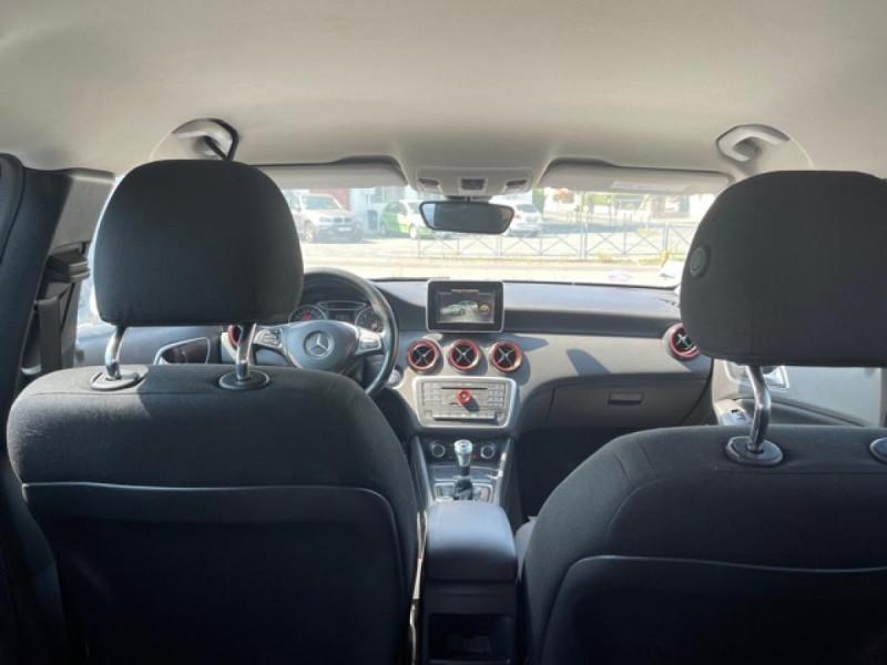 Photo 10 de l'offre de MERCEDES-BENZ CLASSE A A 160  BERLINE - BM 176 INTUITION PHASE 2 à 14990€ chez Triplo auto