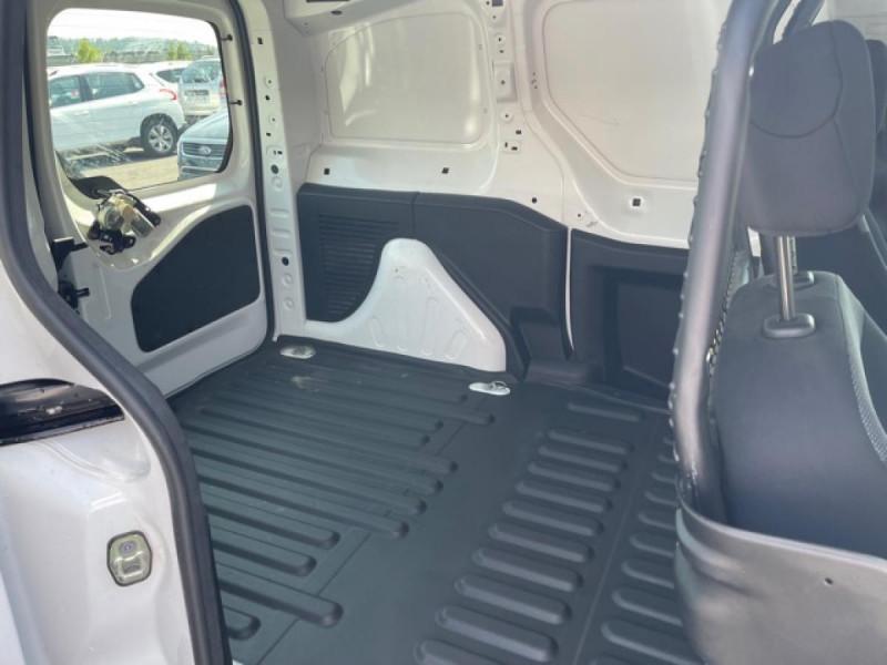 Photo 10 de l'offre de PEUGEOT PARTNER 1.6 BLUEHDI - 75  II PREMIUM CLIM à 10990€ chez Triplo auto
