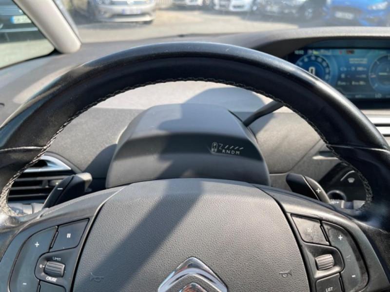 Photo 18 de l'offre de CITROEN C4 PICASSO 1.6 BHDI 120 S&S EAT6 INTENSIVE GPS à 12490€ chez Triplo auto