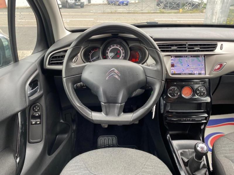 Photo 13 de l'offre de CITROEN C3 1.6 BHDI 100 S&S CONFORT BUSINESS GPS à 9490€ chez Triplo auto