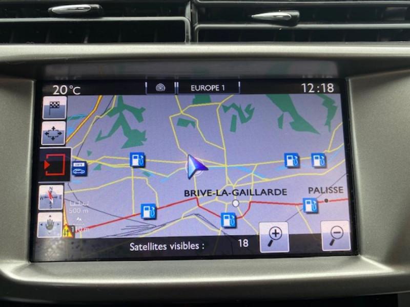 Photo 14 de l'offre de CITROEN C3 1.6 BHDI 100 S&S CONFORT BUSINESS GPS à 9490€ chez Triplo auto
