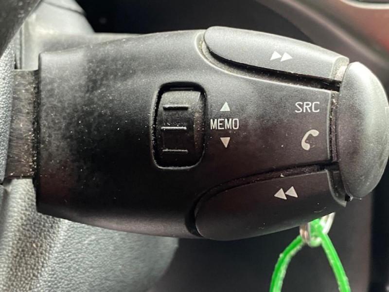 Photo 19 de l'offre de CITROEN C3 1.6 BHDI 100 S&S CONFORT BUSINESS GPS à 9490€ chez Triplo auto