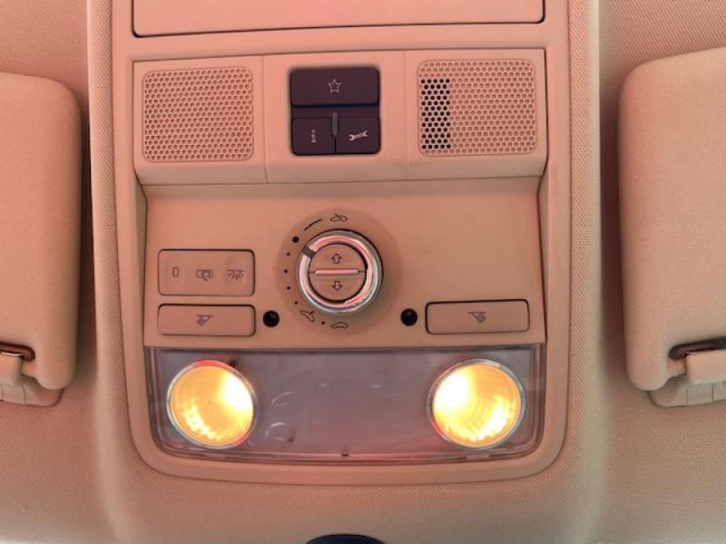 Photo 15 de l'offre de VOLKSWAGEN TIGUAN 2.0 TDI 140  CARAT   CUIR   TOIT OUVRANT   PARK ASSIST à 10990€ chez Triplo auto