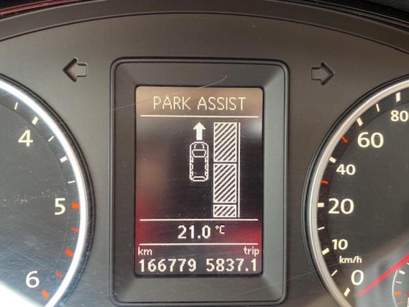 Photo 18 de l'offre de VOLKSWAGEN TIGUAN 2.0 TDI 140  CARAT   CUIR   TOIT OUVRANT   PARK ASSIST à 10990€ chez Triplo auto