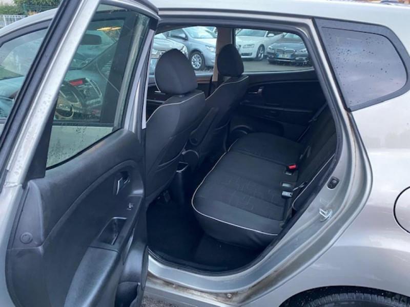 Photo 10 de l'offre de KIA VENGA 1.6 CRDI 115  ACTIVE CLIM à 7990€ chez Triplo auto