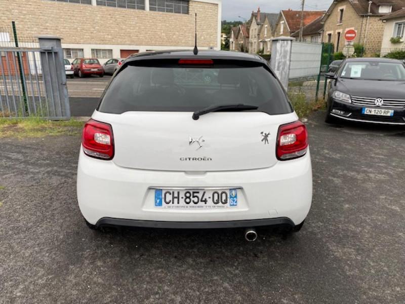 Photo 4 de l'offre de DS DS3 1.6 E-HDI 90 BVA  SO CHIC GPS   RADAR AR à 9990€ chez Triplo auto