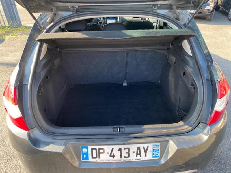 Photo 9 de l'offre de CITROEN C4 1.6 E-HDI 115 MILLENIUM GPS à 8990€ chez Triplo auto