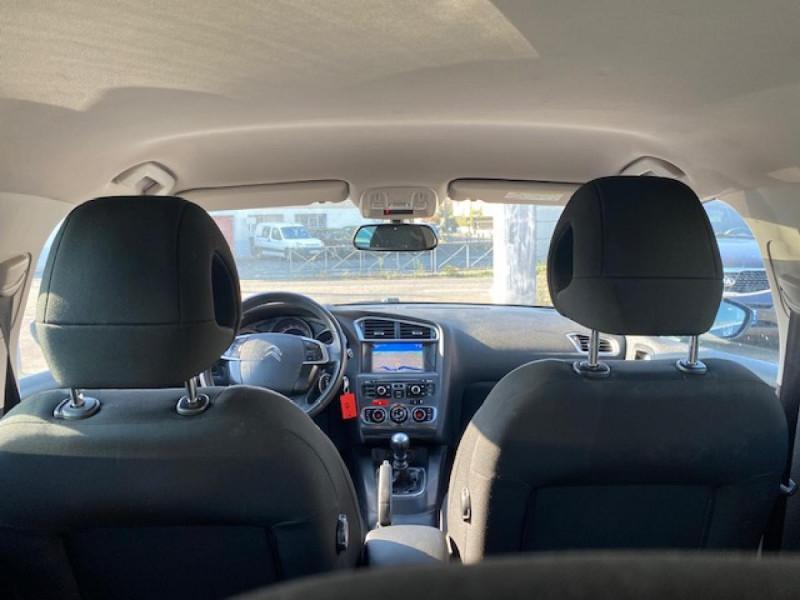 Photo 10 de l'offre de CITROEN C4 1.6 E-HDI 115 MILLENIUM GPS à 8990€ chez Triplo auto