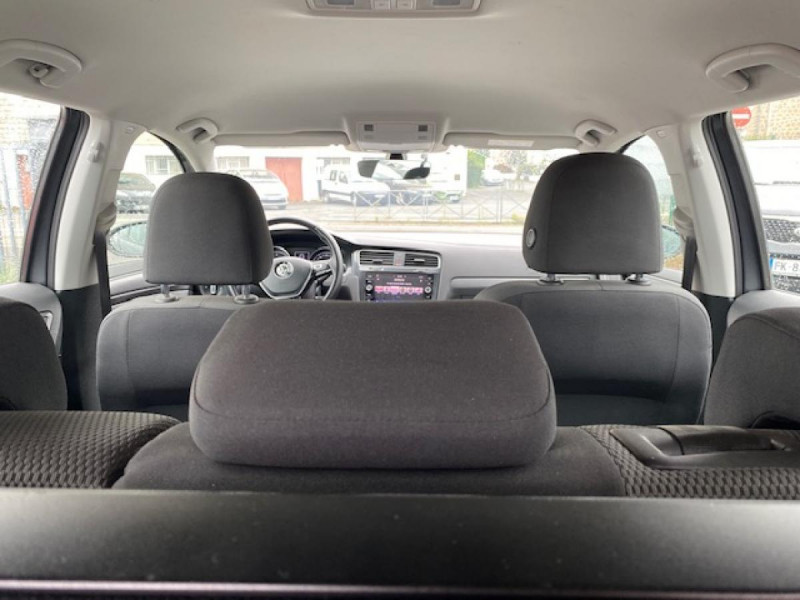 Photo 10 de l'offre de VOLKSWAGEN GOLF 1.6 TDI 115 CONFORTLINE BUSINESS SW   RADAR AV AR à 11490€ chez Triplo auto