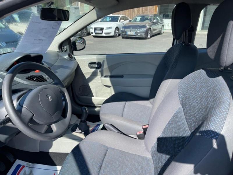 Photo 13 de l'offre de RENAULT TWINGO 1.5 DCI 65 EXPRESSION  à 4990€ chez Triplo auto