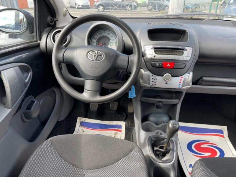 Photo 16 de l'offre de TOYOTA AYGO 1.0 VVT-I 68 5P UP  à 4490€ chez Triplo auto