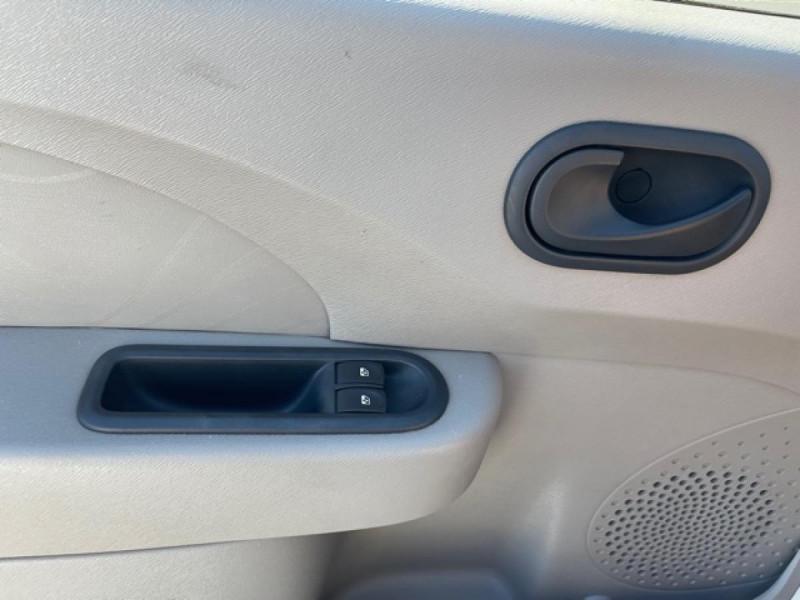 Photo 17 de l'offre de RENAULT TWINGO 1.5 DCI 65 EXPRESSION  à 4990€ chez Triplo auto