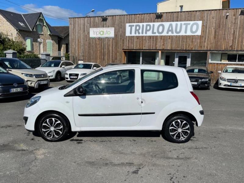 Photo 2 de l'offre de RENAULT TWINGO 1.5 DCI 65 EXPRESSION  à 4990€ chez Triplo auto