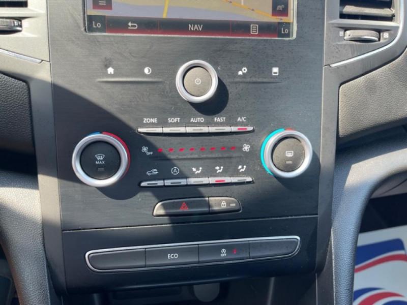 Photo 22 de l'offre de RENAULT MEGANE 1.2 ENERGY TCE - 100 LIFE GPS à 11490€ chez Triplo auto