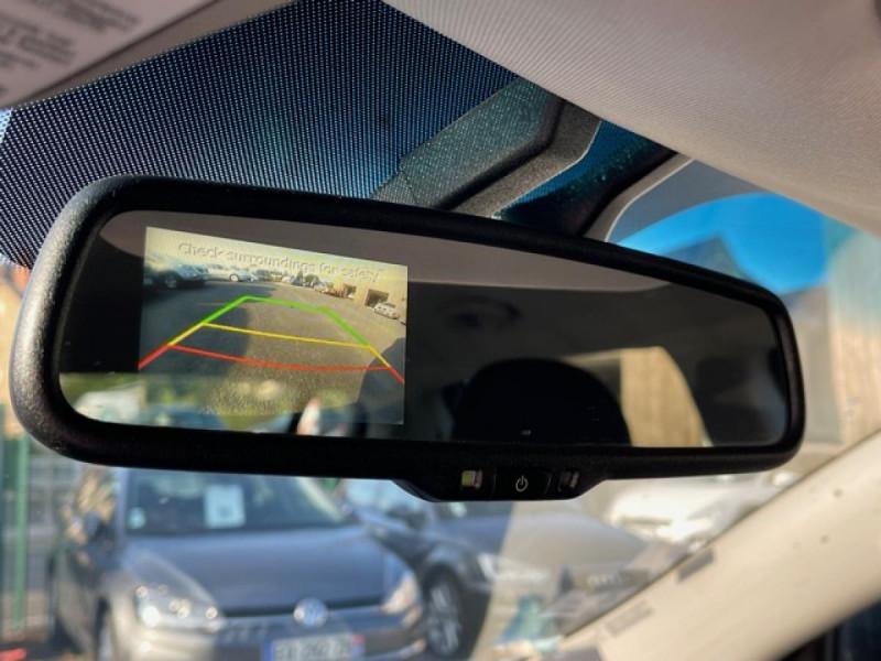Photo 17 de l'offre de KIA SPORTAGE 2.0 CRDI 136 4X4 ACTIVE CLIM   CAMERA à 10990€ chez Triplo auto