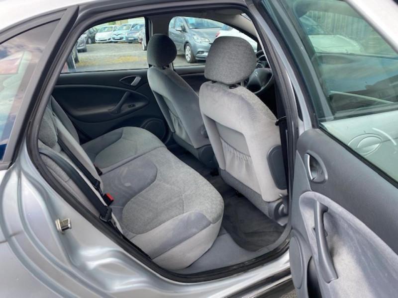 Photo 10 de l'offre de CITROEN C5 1.6 HDI 110  PACK CLIM à 4990€ chez Triplo auto
