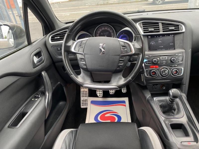 Photo 16 de l'offre de DS DS4 1.6 E-HDI  115  SO CHIC   GPS   RADAR AR à 9490€ chez Triplo auto