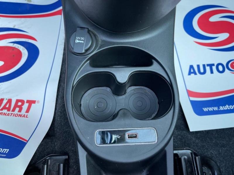 Photo 24 de l'offre de FIAT 500 CABRIOLET 1.2I - 69 LOUNGE CLIM à 12490€ chez Triplo auto