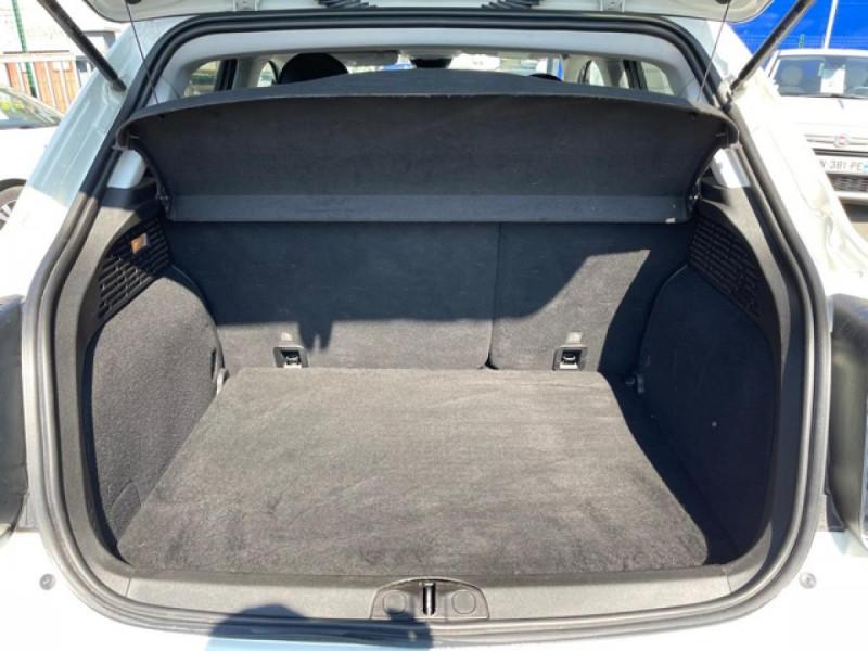 Photo 9 de l'offre de FIAT 500X 1.6 MULTIJET 120 DCT LOUNGE GPS à 16990€ chez Triplo auto