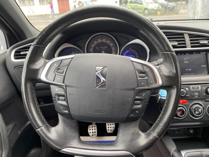 Photo 17 de l'offre de DS DS4 1.6 E-HDI  115  SO CHIC   GPS   RADAR AR à 9490€ chez Triplo auto