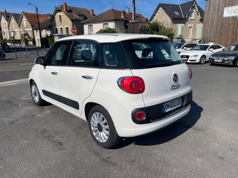 Photo 3 de l'offre de FIAT 500L 1.3 MULTIJET 95 S&S LOUNGE GPS à 9990€ chez Triplo auto