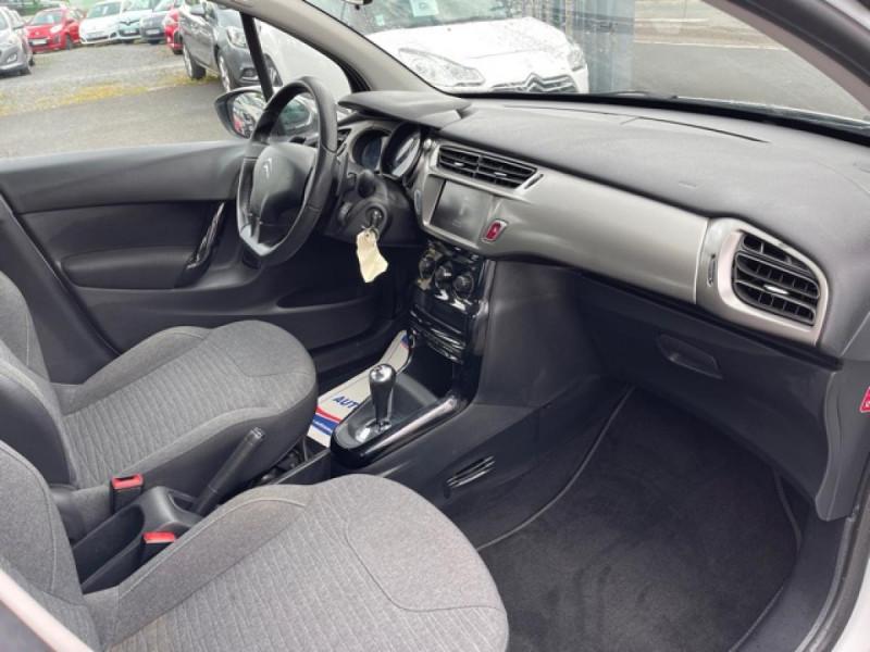 Photo 14 de l'offre de CITROEN C3 1.2 82 ETG FEEL EDITION BOITE AUTO  à 11990€ chez Triplo auto