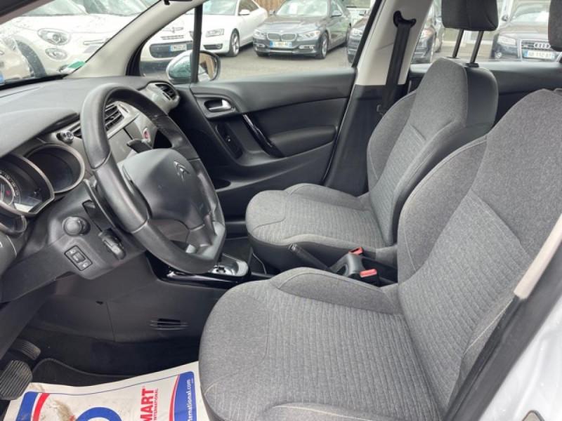 Photo 12 de l'offre de CITROEN C3 1.2 82 ETG FEEL EDITION BOITE AUTO  à 11990€ chez Triplo auto