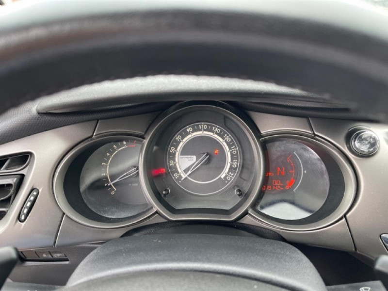Photo 22 de l'offre de CITROEN C3 1.2 82 ETG FEEL EDITION BOITE AUTO  à 11990€ chez Triplo auto