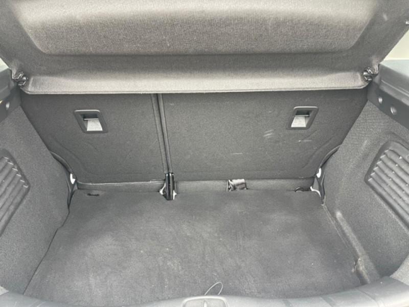 Photo 9 de l'offre de CITROEN C3 1.2 82 ETG FEEL EDITION BOITE AUTO  à 11990€ chez Triplo auto
