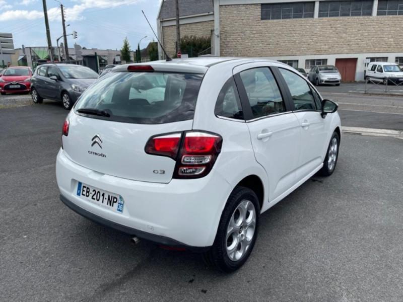 Photo 5 de l'offre de CITROEN C3 1.2 82 ETG FEEL EDITION BOITE AUTO  à 11990€ chez Triplo auto