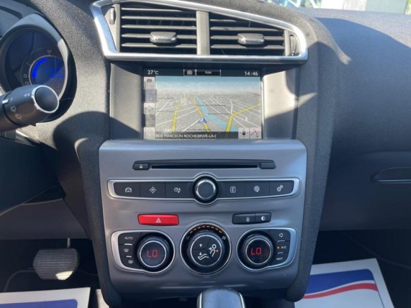 Photo 15 de l'offre de CITROEN C4 1.6 BLUEHDI S&S 120 EAT6 SHINE GPS à 10990€ chez Triplo auto