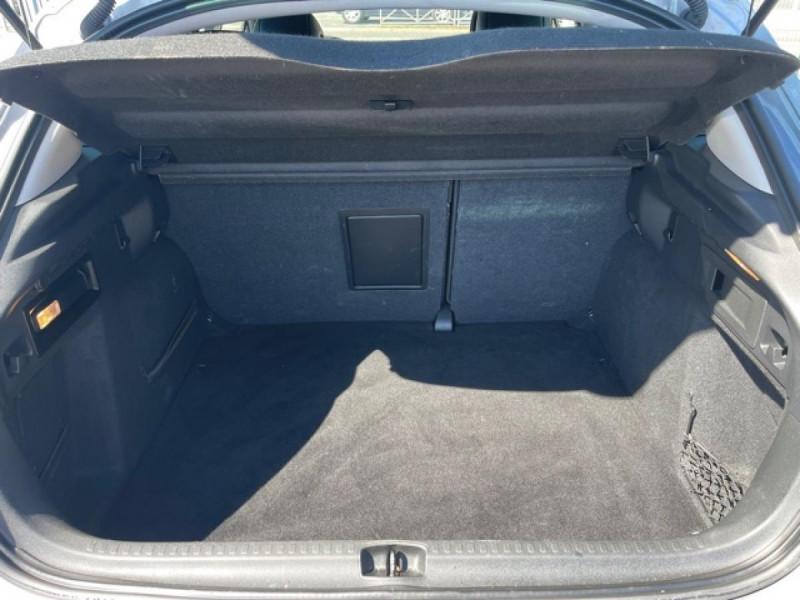 Photo 9 de l'offre de CITROEN C4 1.6 BLUEHDI S&S 120 EAT6 SHINE GPS à 10990€ chez Triplo auto