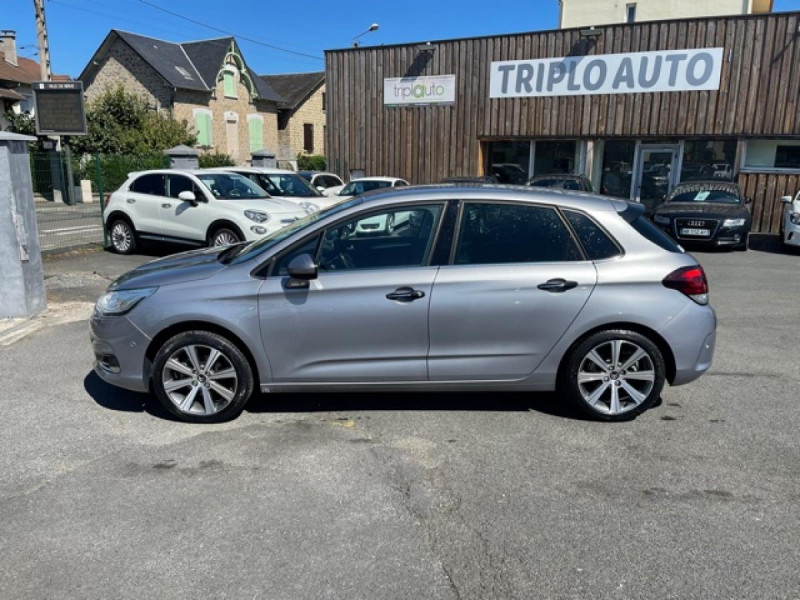Photo 2 de l'offre de CITROEN C4 1.6 BLUEHDI S&S 120 EAT6 SHINE GPS à 10990€ chez Triplo auto