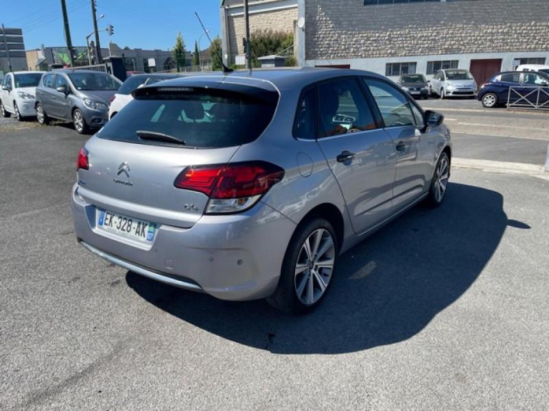 Photo 4 de l'offre de CITROEN C4 1.6 BLUEHDI S&S 120 EAT6 SHINE GPS à 10990€ chez Triplo auto