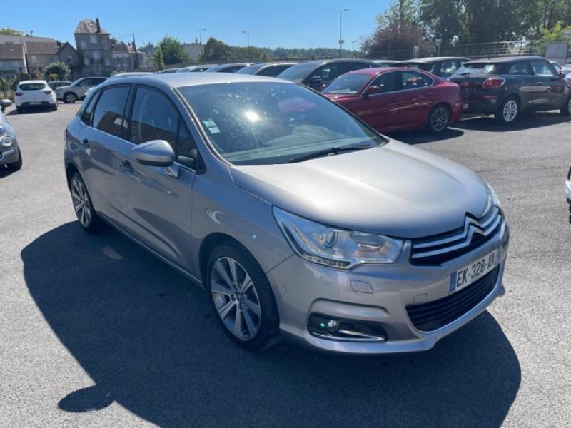 Photo 6 de l'offre de CITROEN C4 1.6 BLUEHDI S&S 120 EAT6 SHINE GPS à 10990€ chez Triplo auto