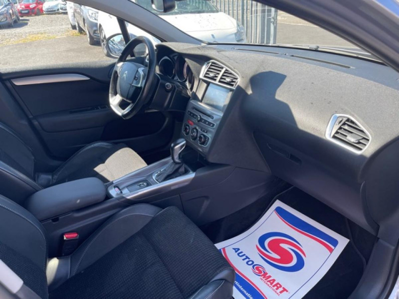 Photo 12 de l'offre de CITROEN C4 1.6 BLUEHDI S&S 120 EAT6 SHINE GPS à 10990€ chez Triplo auto