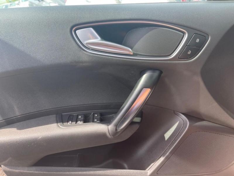 Photo 21 de l'offre de AUDI A1 1.2 TFSI  86 - S/S AMBITION  à 11990€ chez Triplo auto