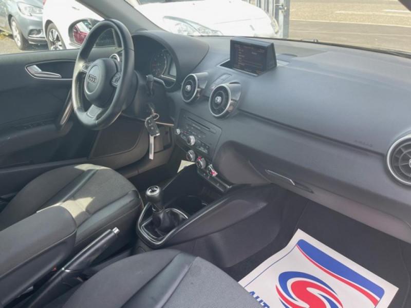 Photo 14 de l'offre de AUDI A1 1.2 TFSI  86 - S/S AMBITION  à 11990€ chez Triplo auto
